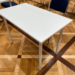 White Meeting Table for single use > sanitizable
